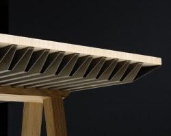 Mesa que usa material PCM