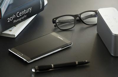 Samsung Note Edge có giá cực tốt tại www.dienthoaixachtaydaklak.com