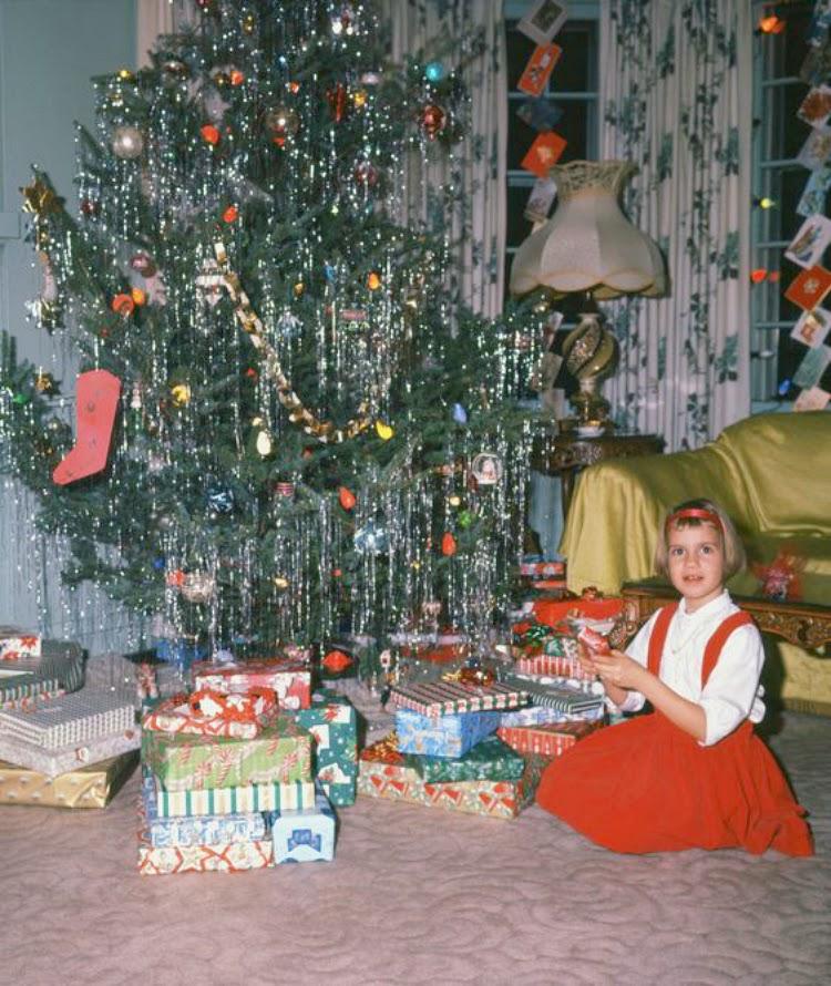 A Vintage Nerd, Retro Christmas, Vintage Christmas, Vintage Christmas Photos