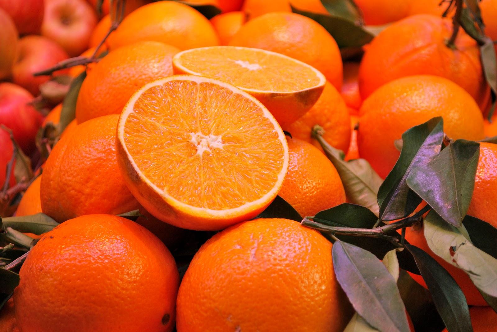 mercado central market valencia naranjas oranges