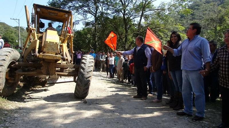 Funci n p blica cdi y ayuntamiento de ixhuatl n firman for Proyecto comedor universitario