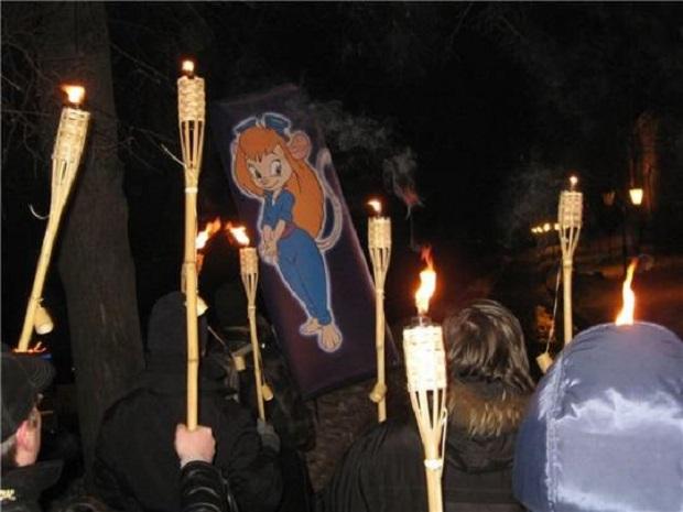 Gila! Gerombolan Kelompok Ini Menciptakan Agama Baru Dari Karakter Kartun