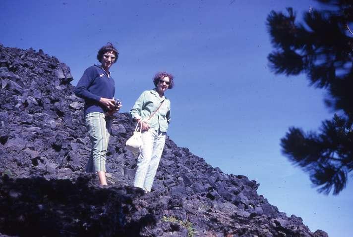 Caves Lava Oregon Obsidian