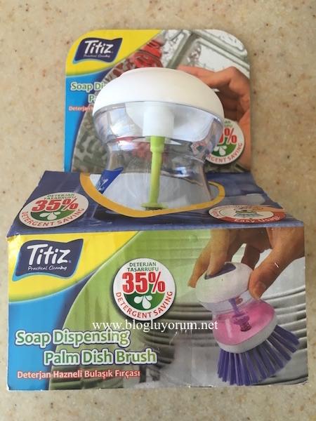 Titiz deterjan hazneli bulaşık fırçası