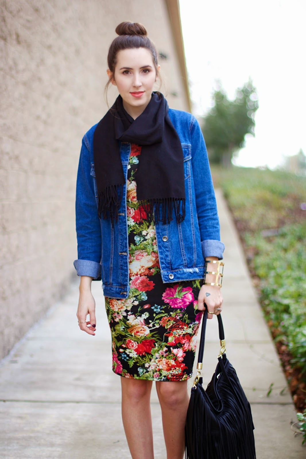 casual-floral-dress-outfit