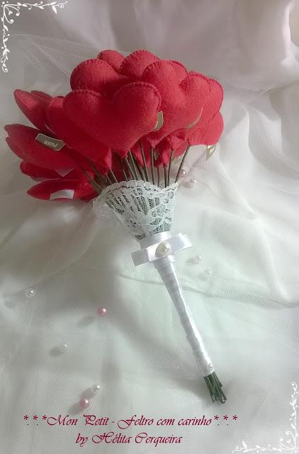 buquê de noiva-corações em feltro-casamento-noiva-buquê artesanal