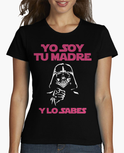 https://www.latostadora.com/web/yo_soy_tu_madre_y_lo_sabes_mujer_fondo_oscuro/1058414