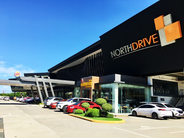 NorthDrive Mall is home to CCF or Christ Commission Fellowship plus a number of restaurants, food kiosks and establishments such as: Harbor City, Burger King, Yellow Cab Pizza, Thirsty, Potato Corner, Pala Pala, Unionbank of the Philippines, Bubble Tea Station, The Lemon Co, Belgian Waffles, etc.