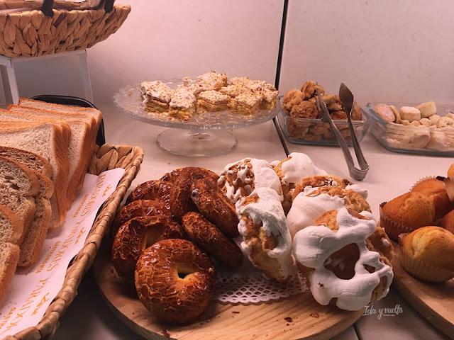 Dulces en el desayuno del Parador de Alcalá