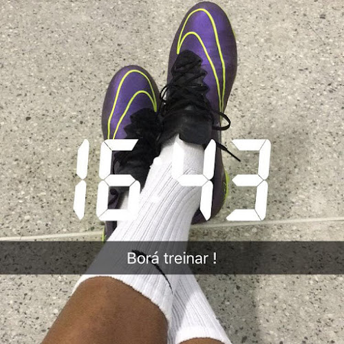 3f028bf2af5 His new pictures confirms that he is using the same tongue as seen on the Nike  Mercurial Vapor X Boots