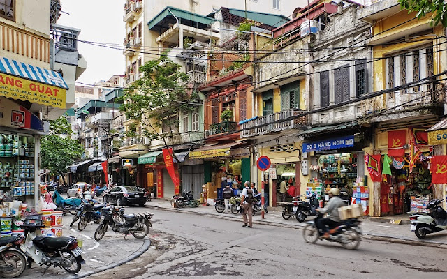 'Street Life Hanoi' discovers capital from new perspective
