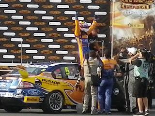 V8 SUPERCARS CHALLENGE WINNER