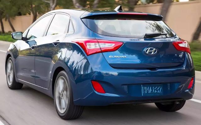 2019 Hyundai Elantra GT Redesigned