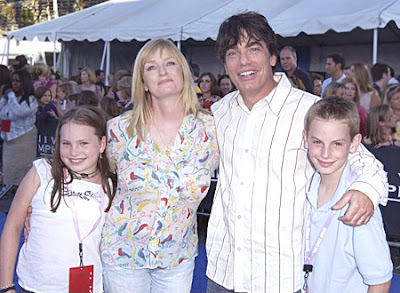 Peter Gallagher and his family James, Paula and Kathryn 2003