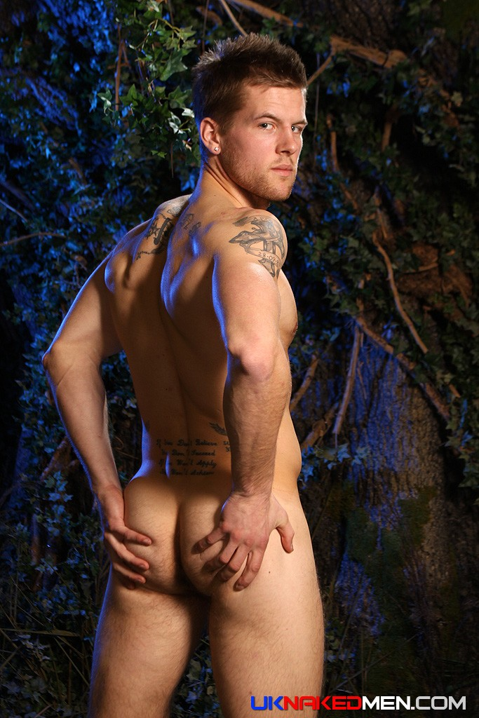 _ADAM COUSSINS, BLOND, PIERCING, HAIRY, PECS, ABS, UNDERWEAR, BUTT, TATTOO, ARM_PIT, PICS_SET, DIRECTING_COCK, SOLDIER, UNCUT, ASSHOLE, HARD