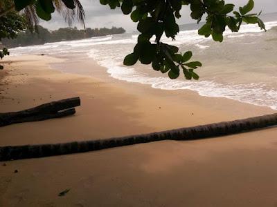 Playa Blanca de Cahuita en Costa Rica