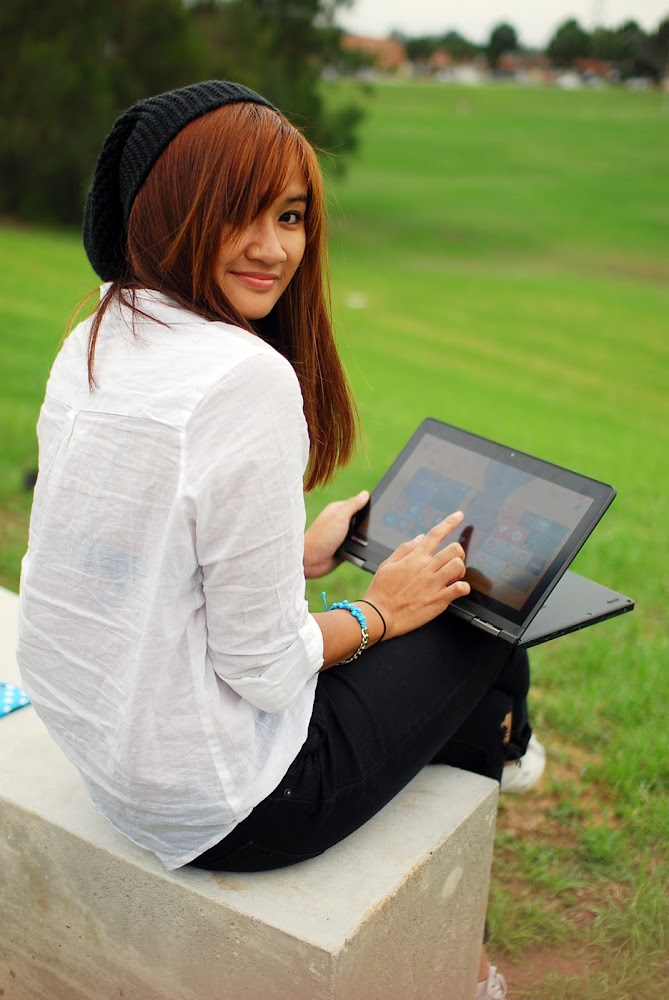 Lenovo Thinkpad Yoga S1 MULTIMODE ULTRABOOK Blog Review