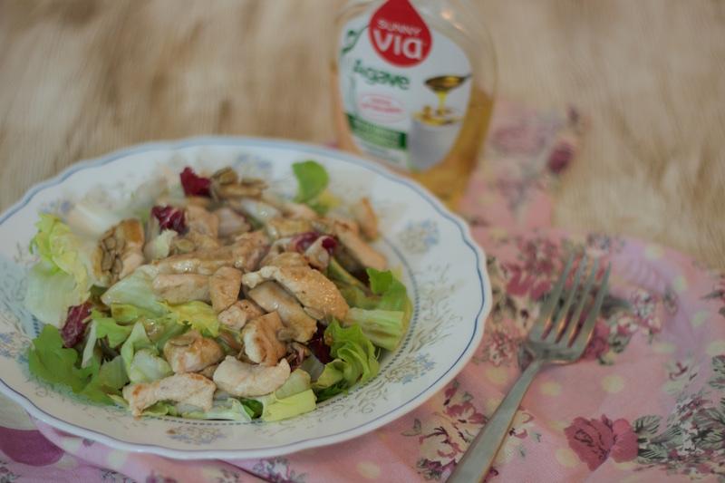 Ensalada de pollo con vinagreta de agave y módena