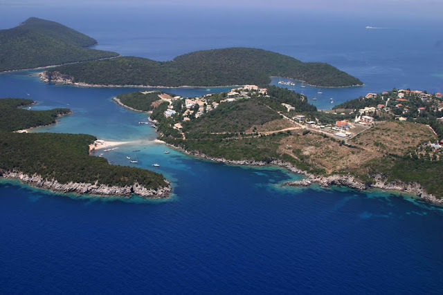 Οι ξένοι αγοράζουν μαζικά μικρούς παραδοσιακούς οικισμούς της Ελλάδας και στη Θεσπρωτία