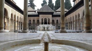 Fuente de los leones, Alhambra conjugandoadjetivos