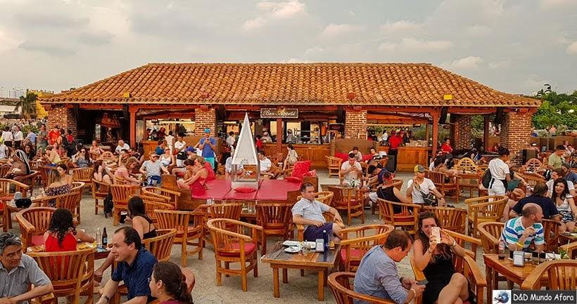 Café del Mar nas Muralhas de Cartagena
