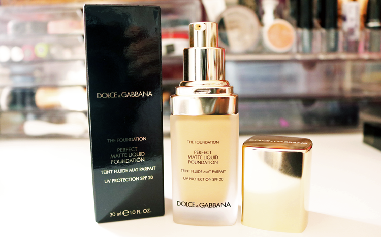 Dolce & Gabbana Perfect Matte Liquid Foundation SPF 20 in Natural Beige 120