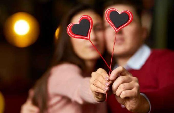 Apa yang Orang Lakukan di Hari Valentine