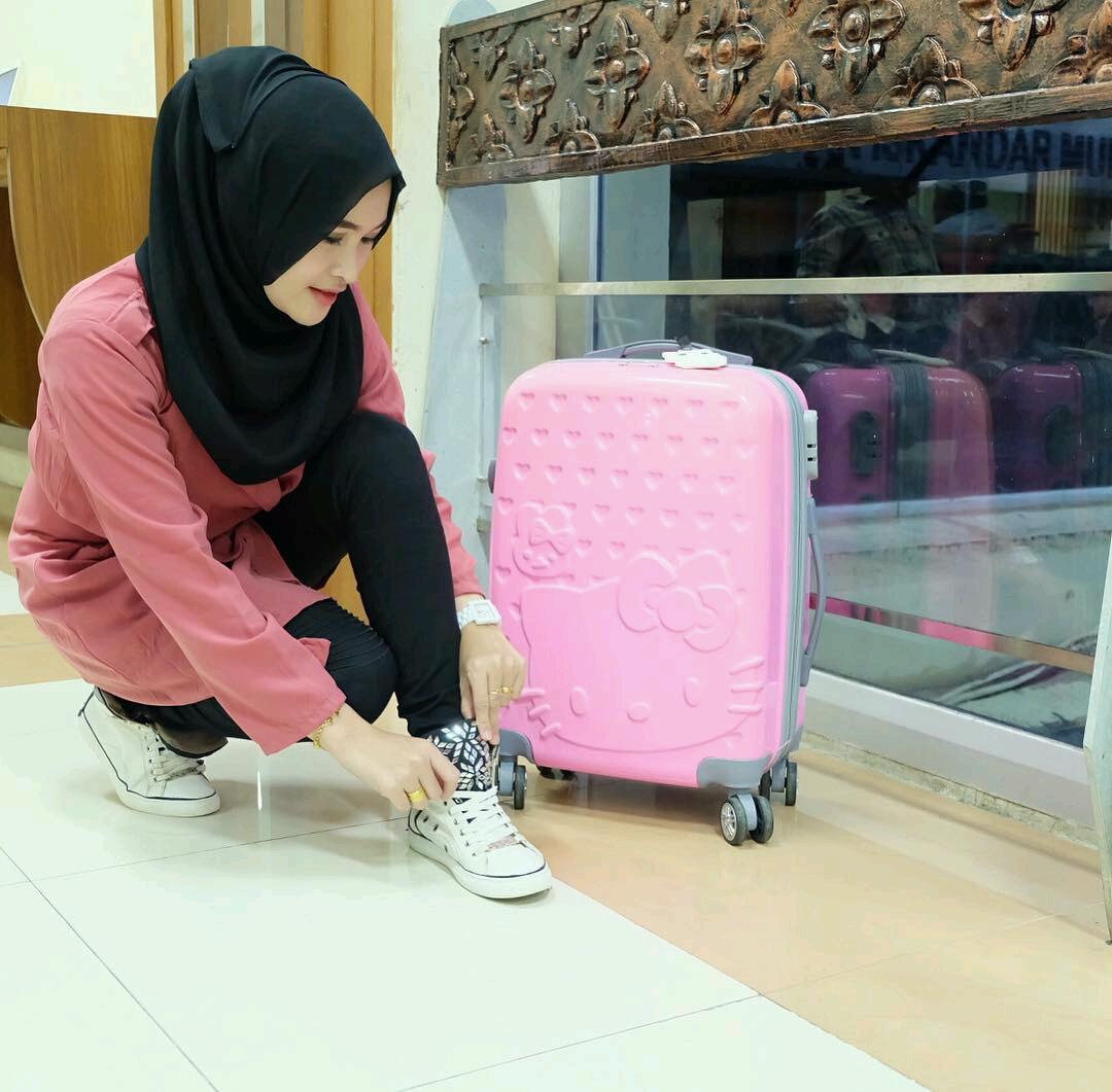 gambar cewek jilbab cantik indonesia   cantikamagz