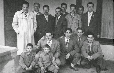 Componentes del Club Ajedrez Barcelona en La Farga de Bebié 1956
