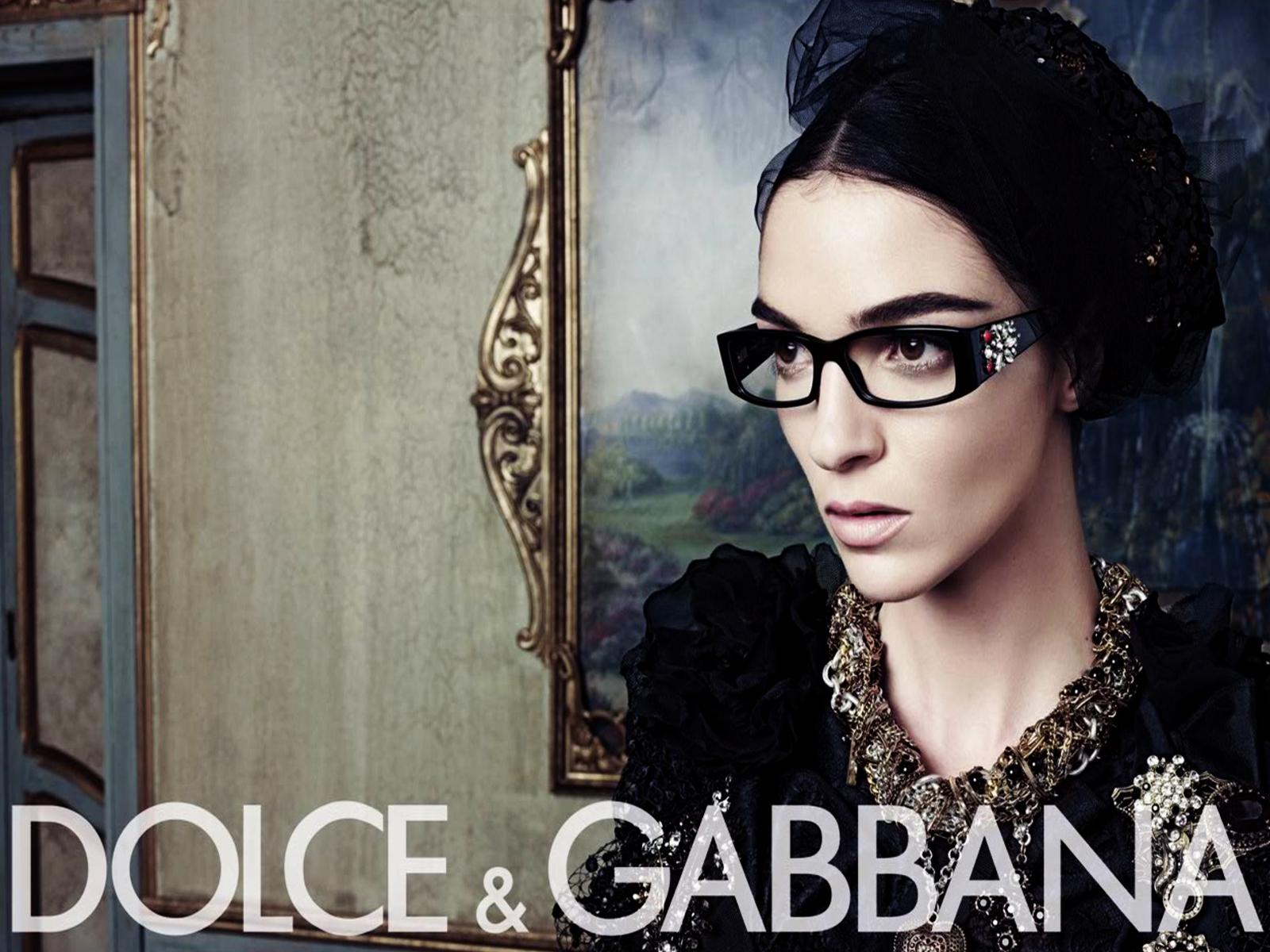 Dolce & Gabbana Fashion Ads Wallpaper