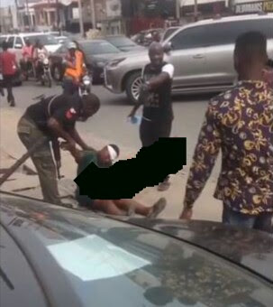 Woman Suddenly Collapses In Front Of Zenith Bank In Lagos