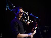 Maxime à la cornemuse sur scène en concert avec le groupe breton de rock celtique BogZH Celtic Cats !