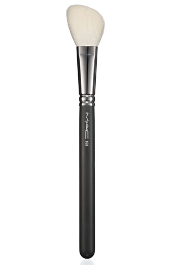 Mac 168 Large Angled Contour Brush: Make Up By Gex Garcia: The Art Of Contouring + Highlighting