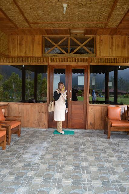 Berwisata dan menginap di cottage kawah putih dari banyuwangi