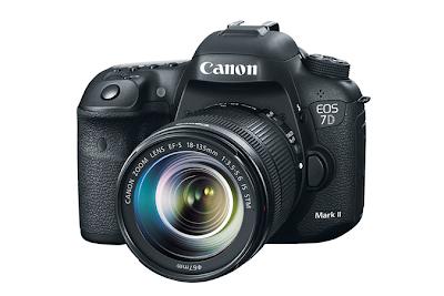 Canon EOS 7D Mark II DSLR Camera / EF-S 18-135mm f/3.5-5.6 IS STM  Lens