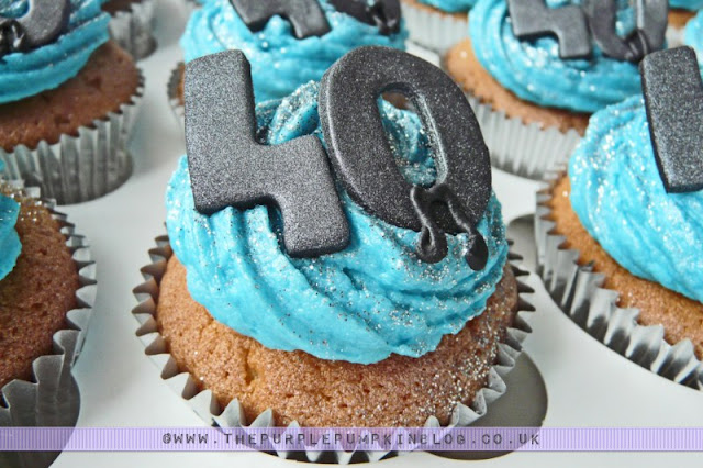 40th Birthday Blue Musical Notes Cupcakes