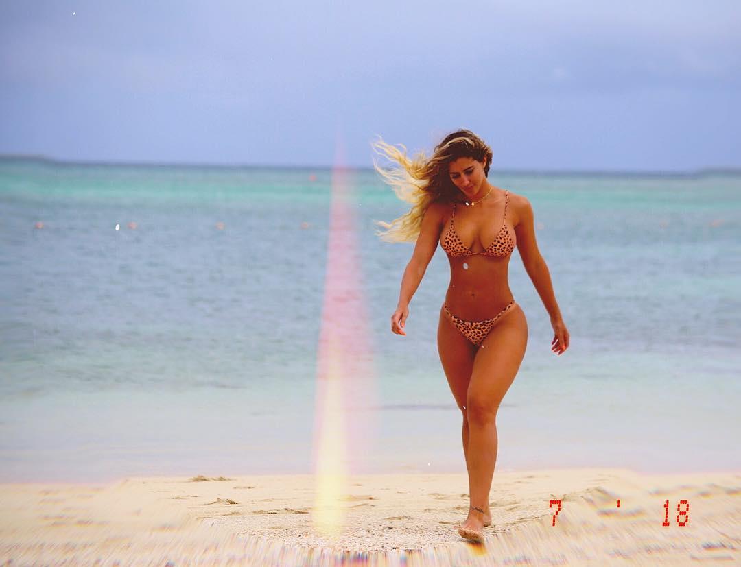 Claudia Sampedro é a cubana mais gostosa