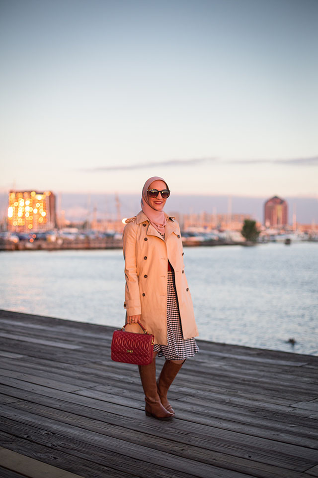 Plaid Midi Dress - Trench Coat - Fall boots - Sam Edelman Penny Boots - Red Handbag - J. Crew Edie bag - Fells Point Baltimore - Fall Style - Fashion Blog - Muslim Fashion Blogger