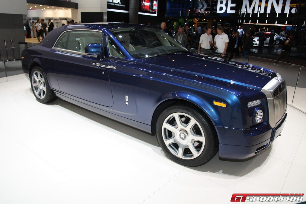 Rowan Atkinson Talks About Johnny English Rolls Royce Phantom Auto