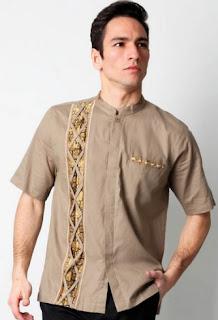 Busana batik muslim lengan pendek modis