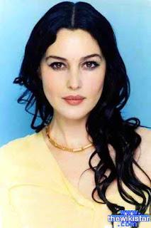 مونيكا بيلوتشي (Monica Bellucci)، ممثلة وعارضة ازياء ايطالية
