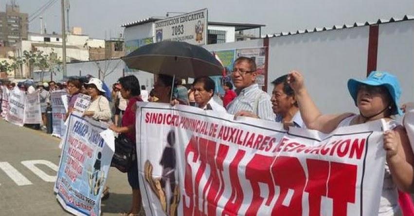 FENAEP: Auxiliares de Educación evalúan ir a una huelga y piden sueldo de S/ 2.000