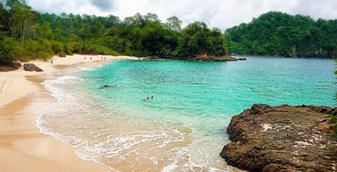 7 Pantai Mempesona Di Jawa Timur Yang Wajib Kamu Kunjungi