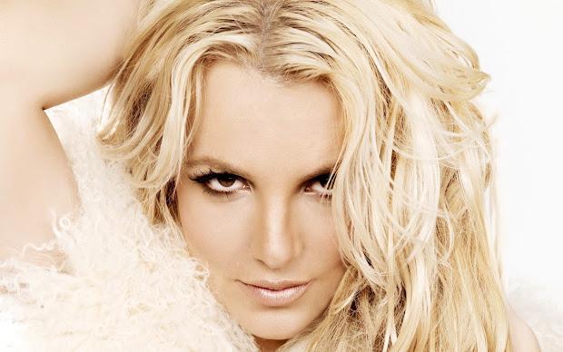 Britney Spears Beautiful Close Full Hd Desktop Wallpapers 1080p