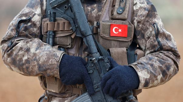 Τούρκος Υπ.Άμυνας: Κοινές περιπολίες τούρκων κι αμερικανών στρατιωτών στο Manbij.