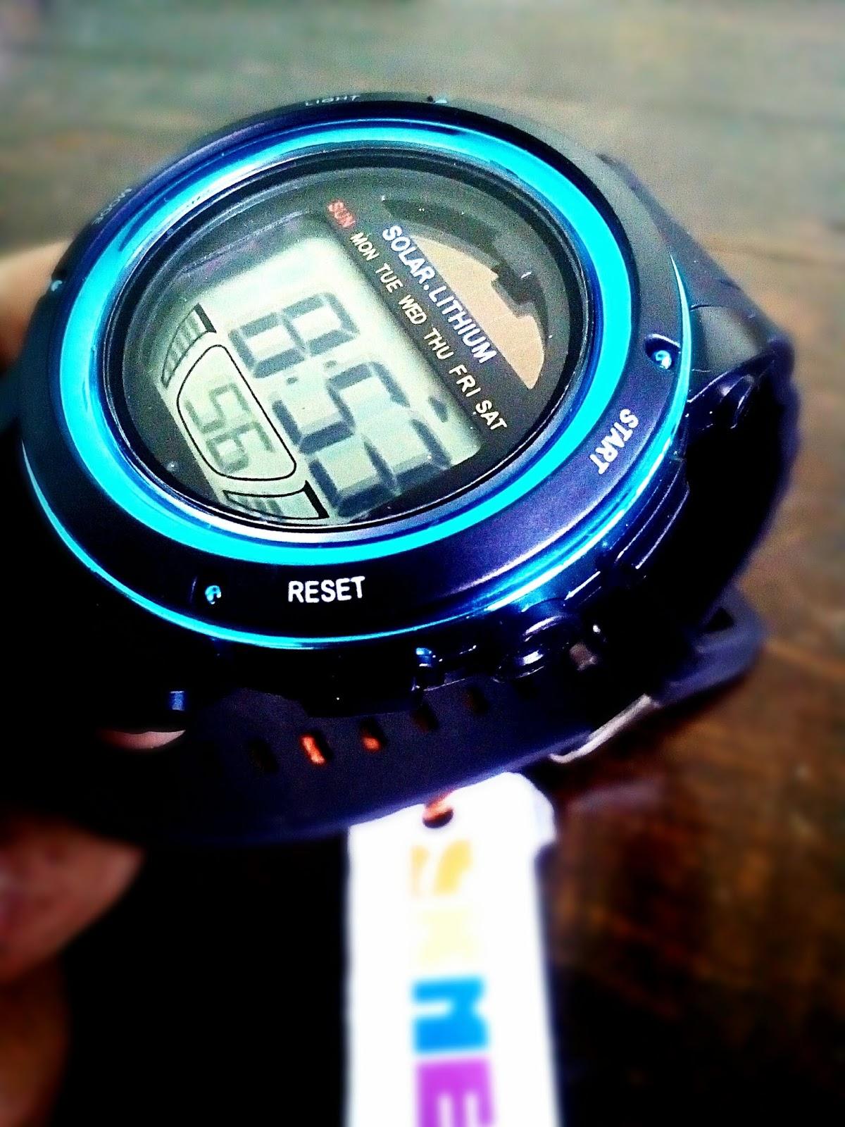 Jam Tangan Digital SKMEI Solar Lithium Jam tangan tenaga surya ini memiliki  solar panel untuk mengisi baterai jam. Jam tangan dilengkapi dengan fitur  ... df69046add