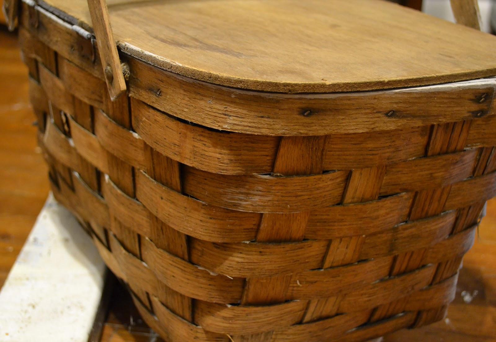 Vintage Picnic Baskets 102