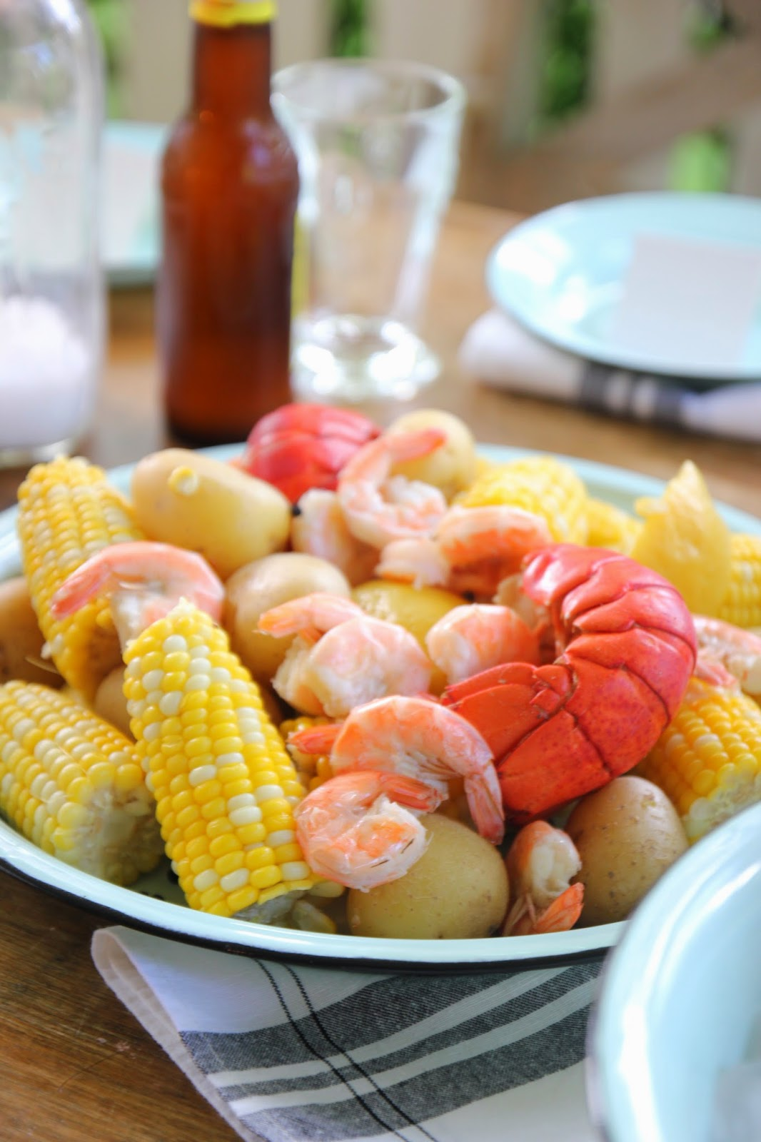 Jenny Steffens Hobick: Seafood Boil Party | My Favorite (and the easiest) Summer Party