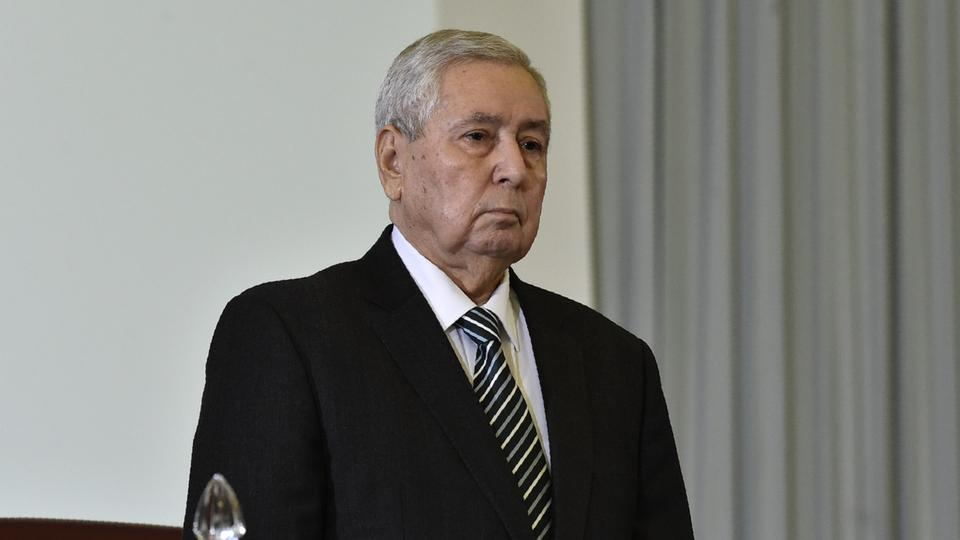 وسط مقاطعة عدد من النواب.. البرلمان الجزائري يعين عبد القادر بن صالح رئيسا مؤقتا للبلاد