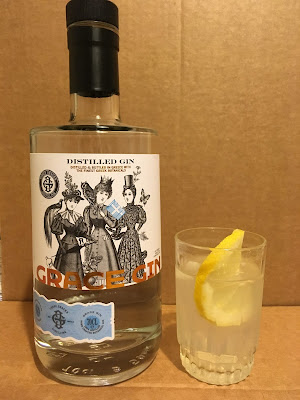greek gin, three graces, grace gin, paraxeno pirouni, παράξενο πιρούνι